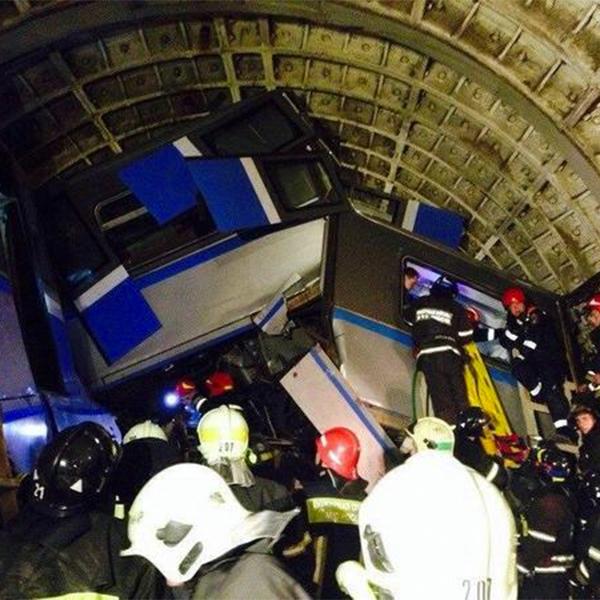 происшествие,метро,авария, Трагедия в московском метро глазами очевидцев