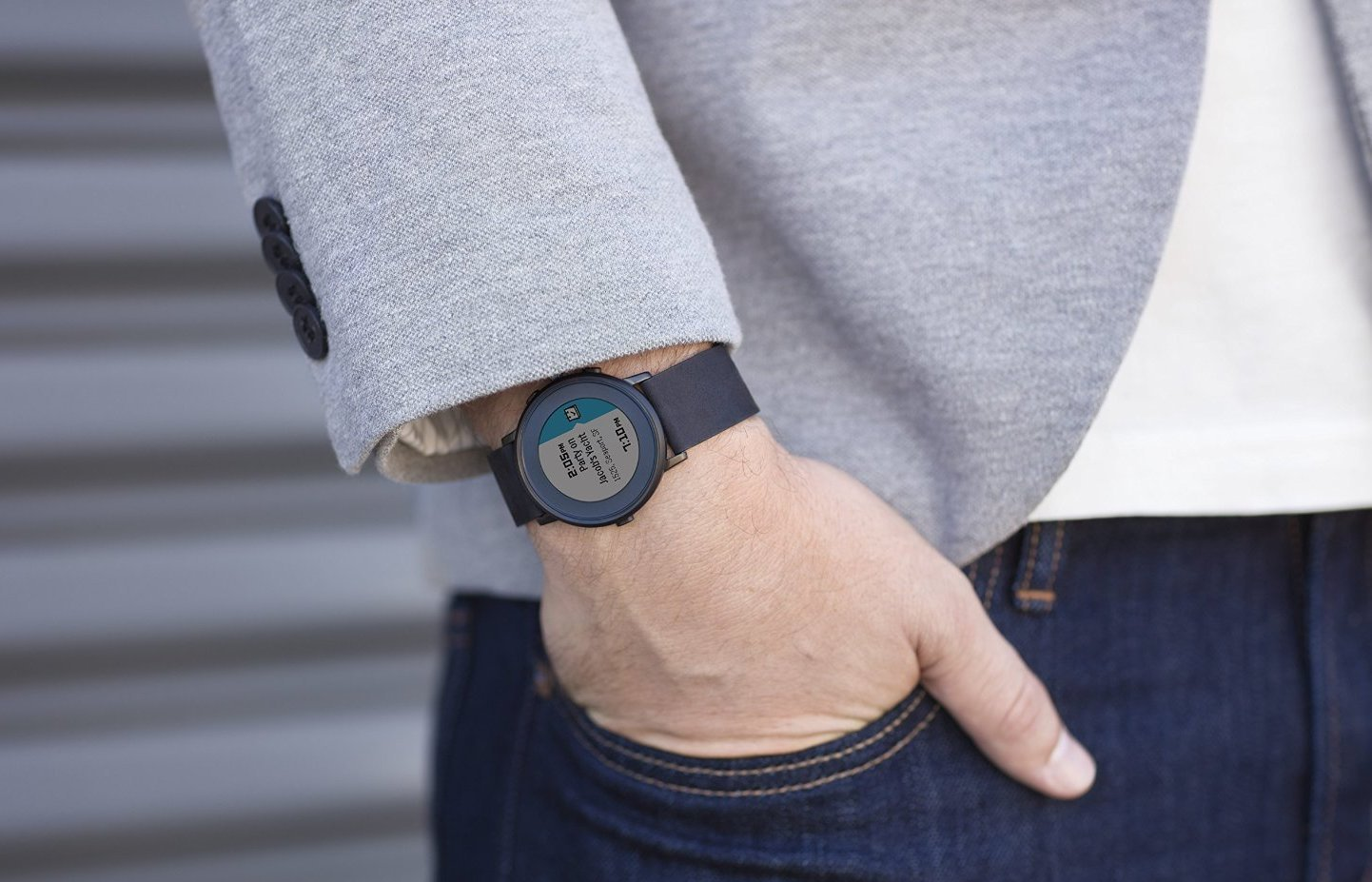 Pebble представила новую модель смарт-часов