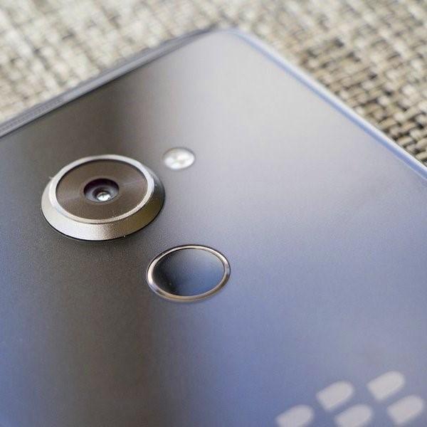 BlackBerry,Android,смартфон, Осенняя премьера: DTEK60 - последний смартфон в истории BlackBerry?