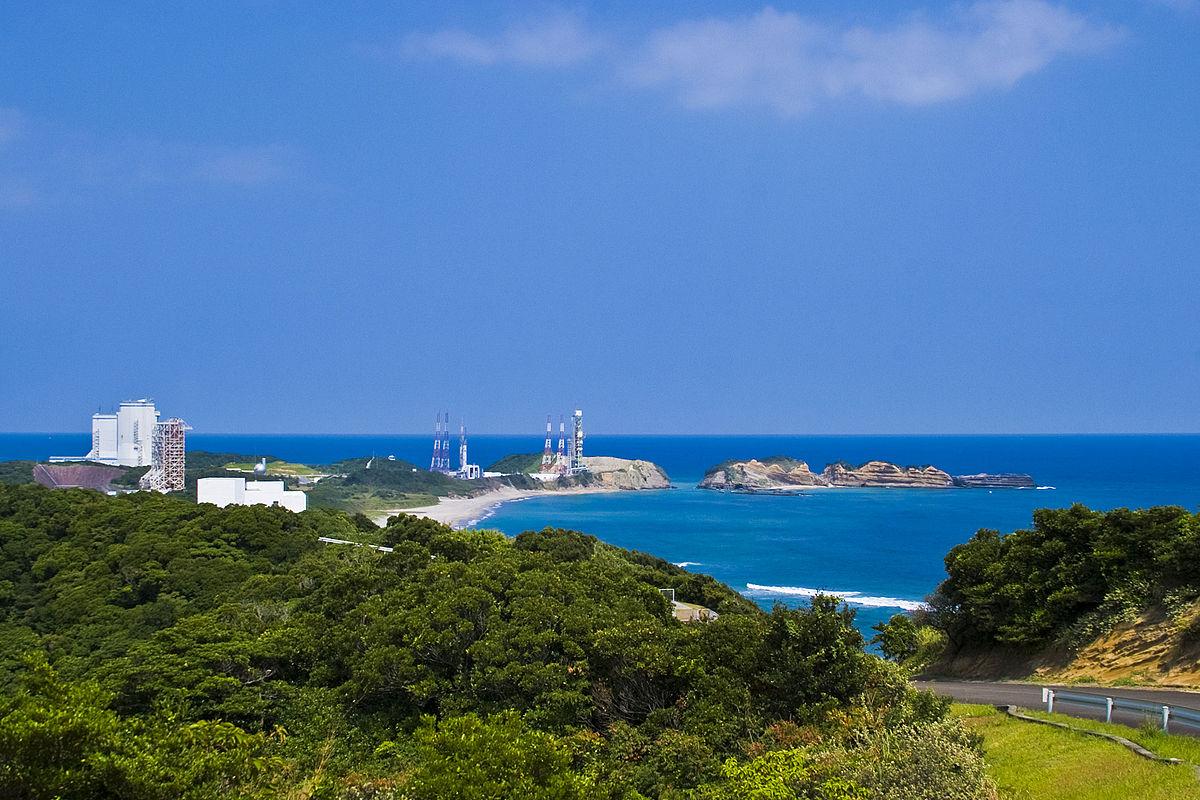 Япония запустила самую маленькую ракету-носитель